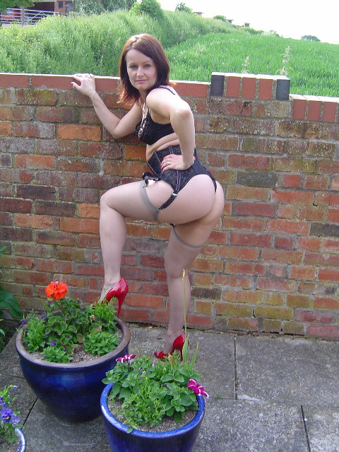 UK swinger dogging outdoors